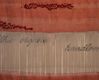 Abitare CANGIARI mostra, tessuti al telaio a mano